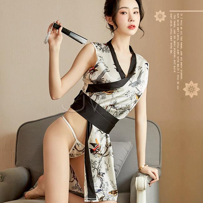暖冬佳人.蝴蝶結日式印花和服三件組(白色)♥